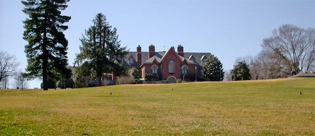 Hert's home on Hurstbourne Farm. (Branden Klayko / Broken Sidewalk)
