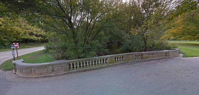 The Alvin T. Hert Memorial Bridge in Cherokee Park. (Courtesy Google)