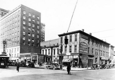 The northwest corner of Third Street and Broadway in 1926. (Courtesy UL Photo Archives - Reference)