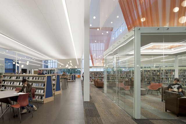 Louisville Free Public Library, Southwest Regional Branch. (Courtesy AIA Kentucky)