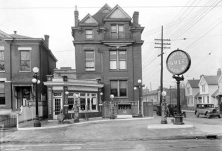 A gas station at 6th and Oak. (UL Photo Archives - Reference below)