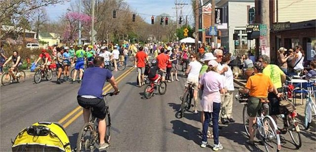 A previous open streets event along Frankfort Avenue. (Courtesy Metro Louisville)