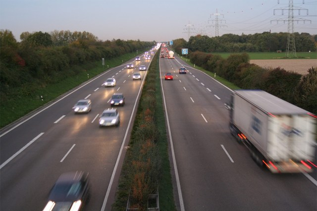 The Autobahn. (Rolf van Melis / Wikimedia Commons)