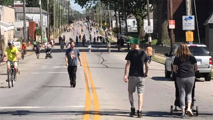 Pedaling car-free down Goss Avenue. (Courtesy Louisville Forward)