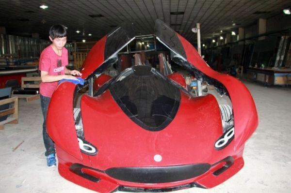 27-year-old-builds-his-own-homemade-super-car-14-photos-7