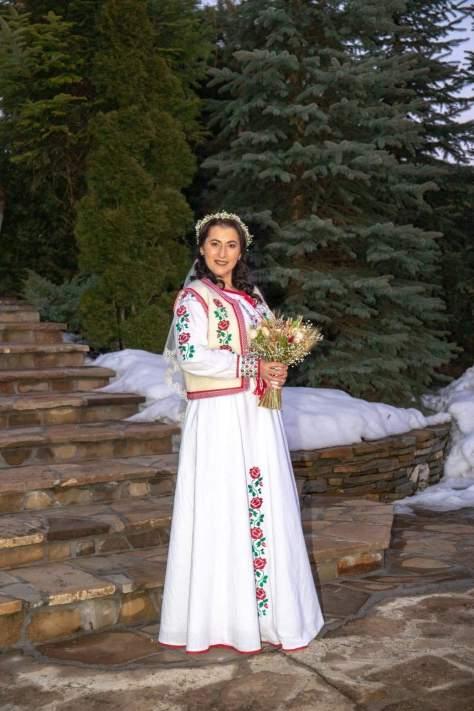 nunta traditionala mireasa haine