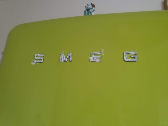 How to clean a Smeg fridge