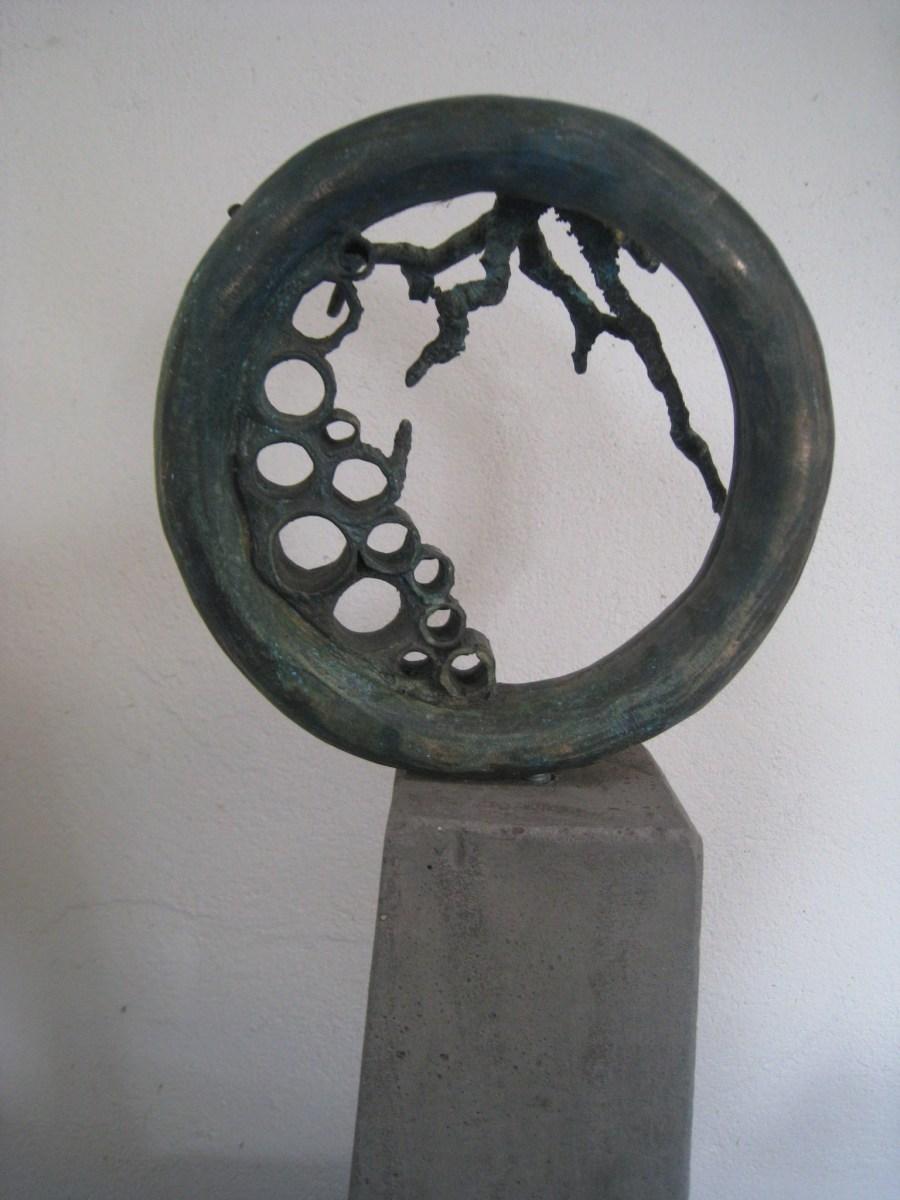 Bronzen beeld uit Bee-Collectie.