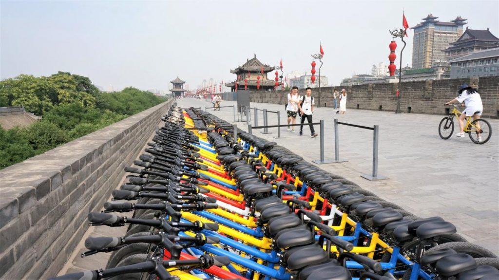 西安自由行 - 明城牆上騎協力車