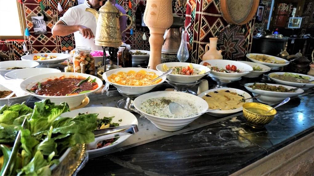 約旦佩特拉一日遊 - 佩特拉中午用餐
