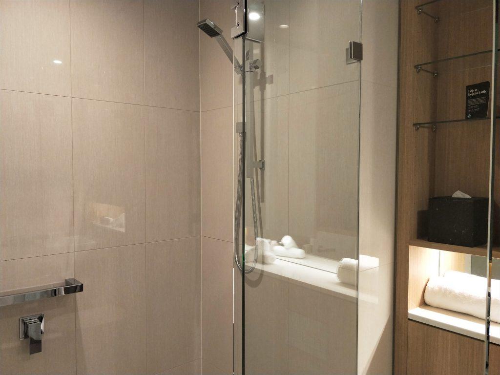 雪梨住宿 - 房间浴室