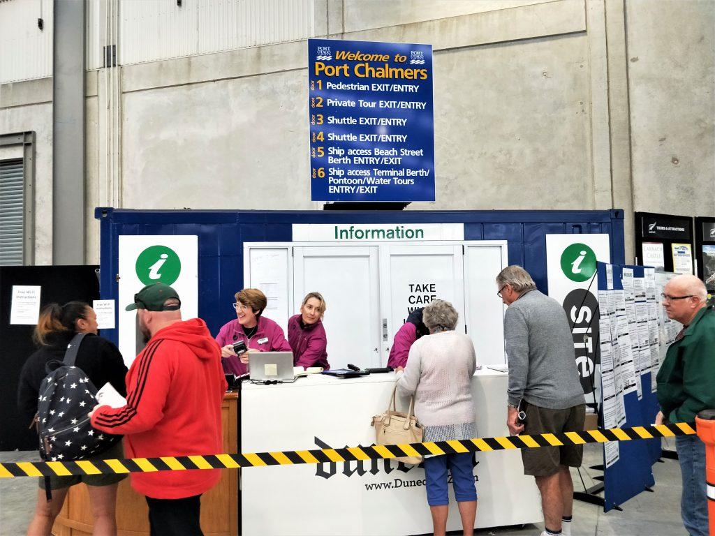 但尼丁岸上觀光 - 紐西蘭 Port Chalmers i-Site 遊客服務中心
