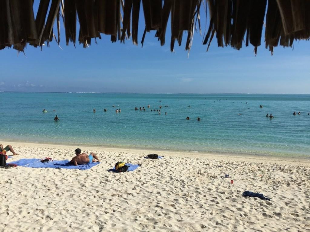 波拉波拉美麗的海灘
