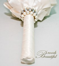bouquet, bridal, floral, flowers, ivory, bling, diamond, pearl, off white