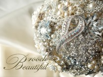 pearl bling brooch bouquet web13