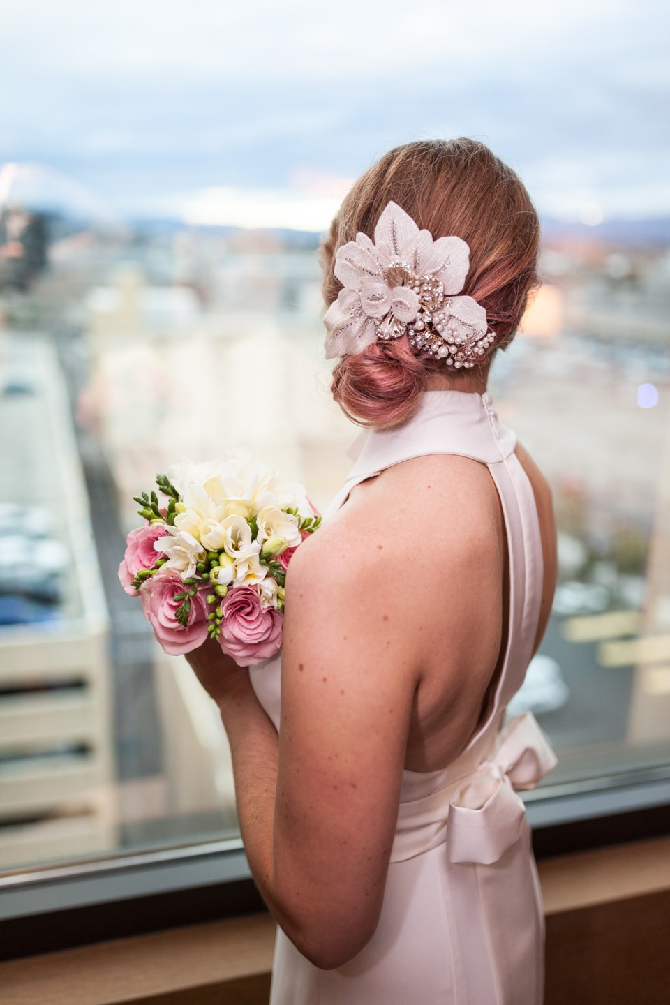 vegas wedding bride with vintage hair piece
