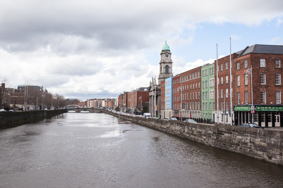 river liffy in dublin ireland