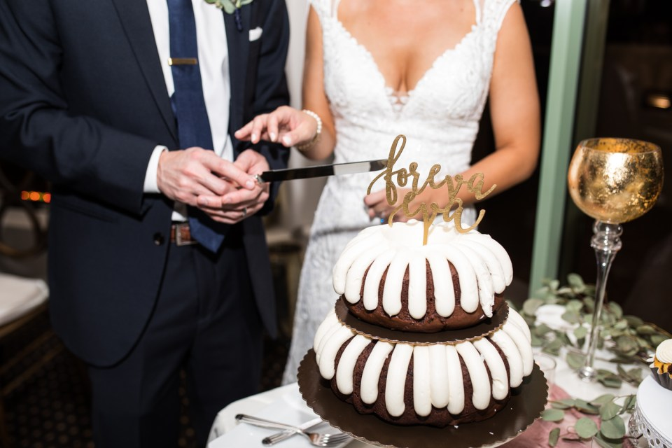 troon north wedding reception nothing bundt cakes foreva eva cake topper