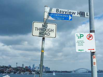 Turn right towards Hermitage Reserve