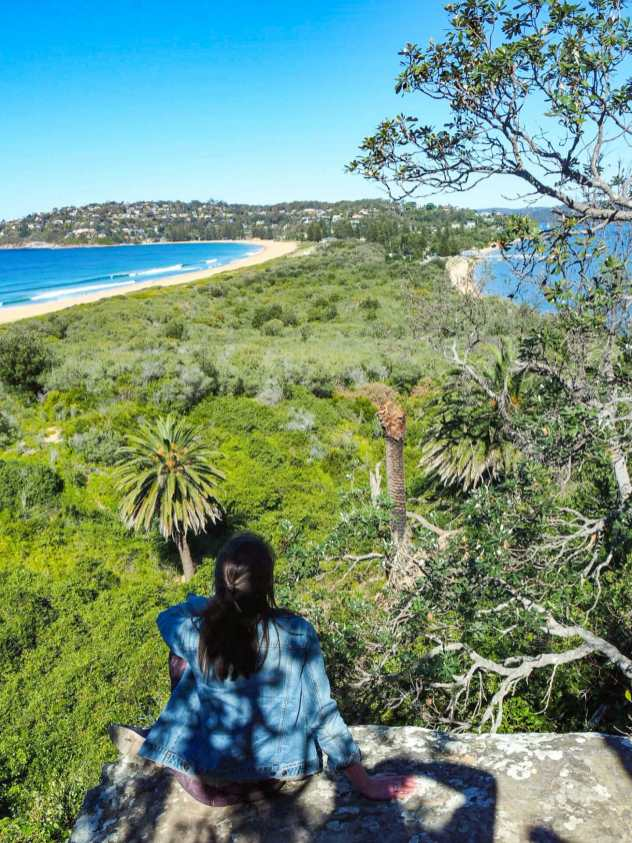 A little rocky lookout off the Smugglers Track
