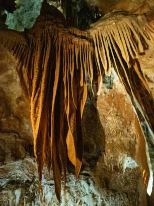 Incredible drapes in the cave