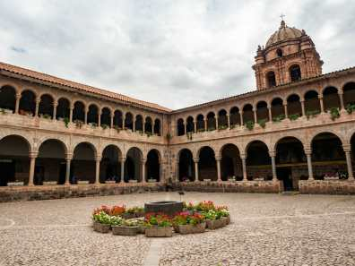 Courtyard in the Iglesia de Santo Domingo