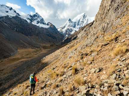 Descending Paso Rosario on loose rocks