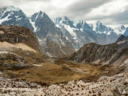 Looking back at the mountains from Siula Pass