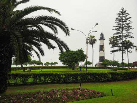 Walking along the Miraflores coast