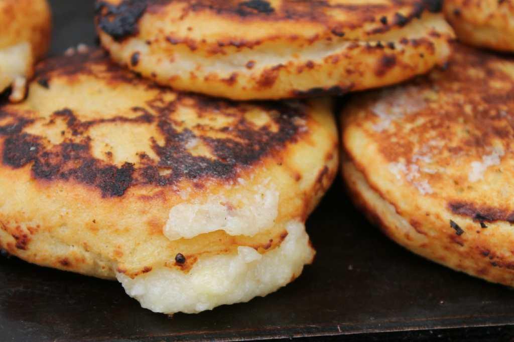 Arepas Cartagena Colombia DIY street food tour
