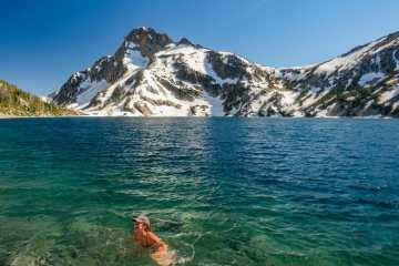 Sawtooth Lake Mt Regan best hikes in Sawtooth Mountains Idaho