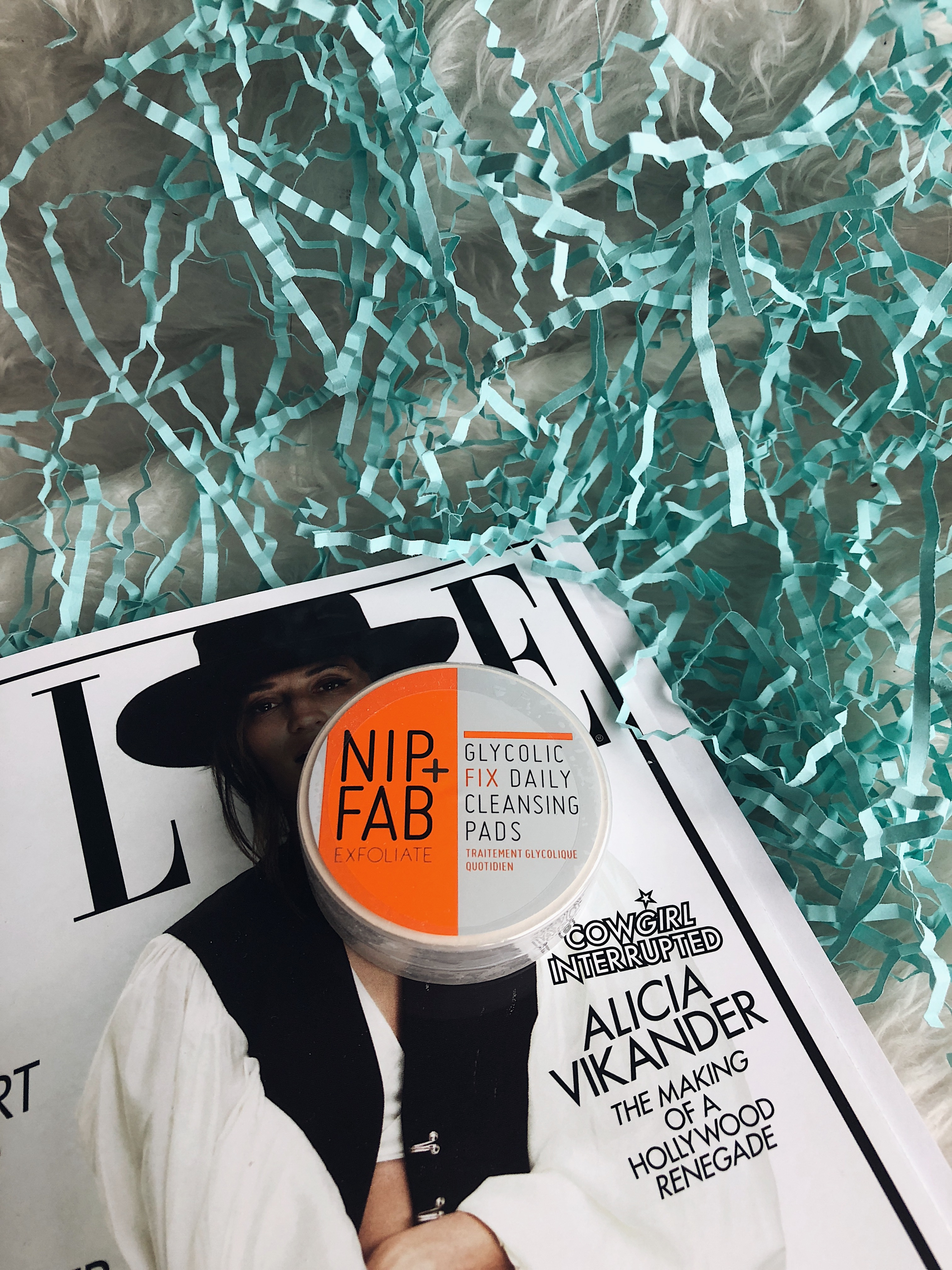 April 2018 Lookfantastic Subscription Box - Nip + Fab Gylcolic fix daily cleansing pads
