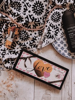 SEPTEMBER 2018 LOOK INCREDIBLE DELUXE SUBSCRIPTION BOX