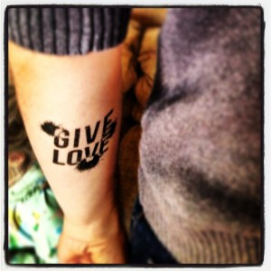 Give Love (temporary body art)