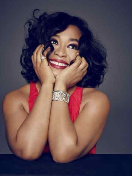 "Shonda Rhimes Talks Weight Loss, Parenting & Marriage in ""Year Of Yes"""