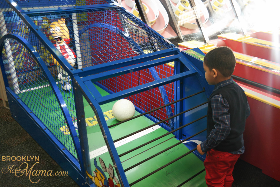 Birthday Party at Chuck E. Cheese-2135