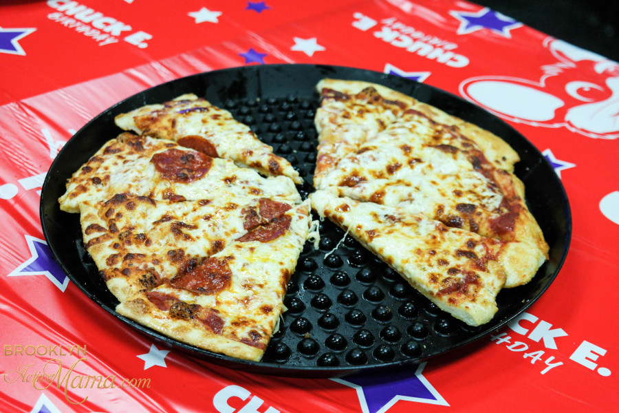 Birthday Party at Chuck E. Cheese-2160