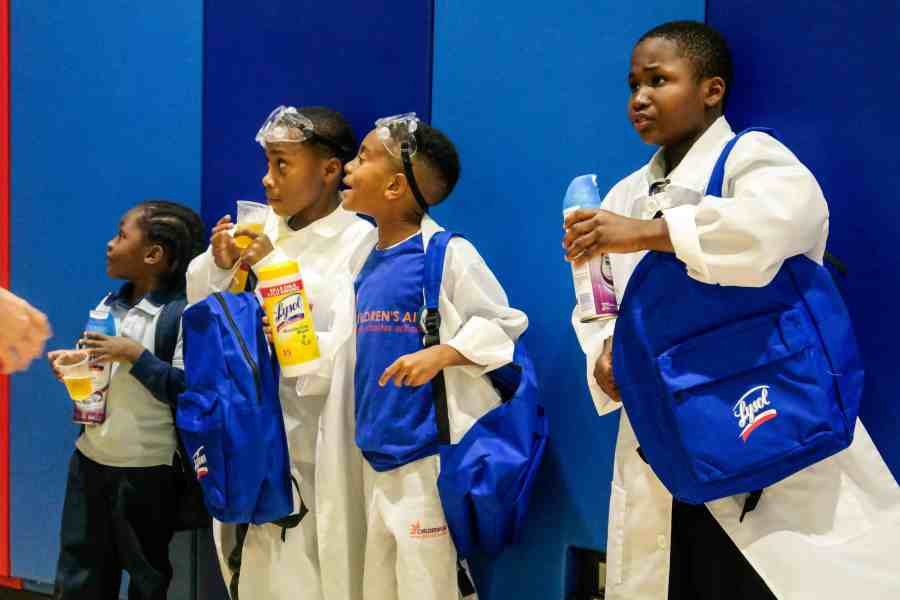 lysol-back-to-school-science-fair-bronx-4263