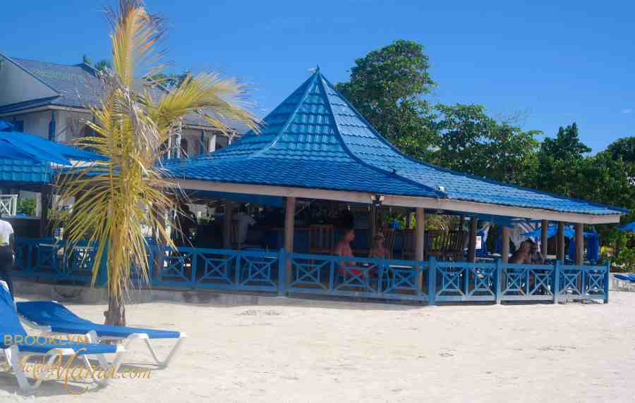 beches-moms-negril-jamaica-5225