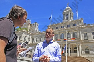 Eastern Effects, Inc. Takes The Fight To City Hall 06/15/2016 - Brooklyn Archive