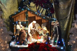 Dyker Heights Christmas Lights 12/05/2013 - Brooklyn Archive
