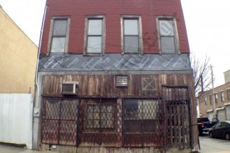 Red Hook Mystery House, March 2014 - Brooklyn Archive