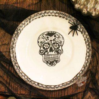 Sugar Skulls Halloween Party Decor #cricutexplore #imadeit