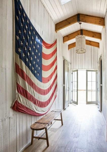 american-flag-hallway-