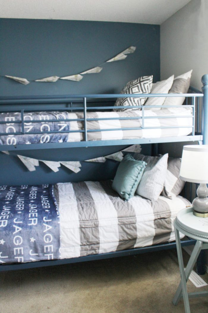 The best bedding for bunk beds ever. Boys bedding for shared boys bedrooms. Custom shutterfly photo blankets.