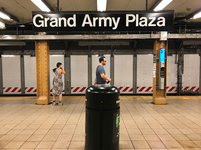 Grand Army Plaza Station Arrival