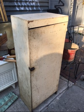 PRIMITIVE WOOD CABINET