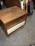 MID CENT SIDE TABLE