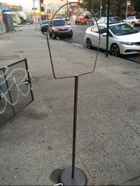 bird-cage-stand