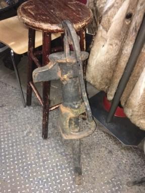 antique-water-pump